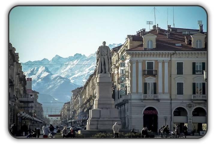 Infissi, Serramenti, Porte Interne, Blindate e Tende. Cuneo Finestre